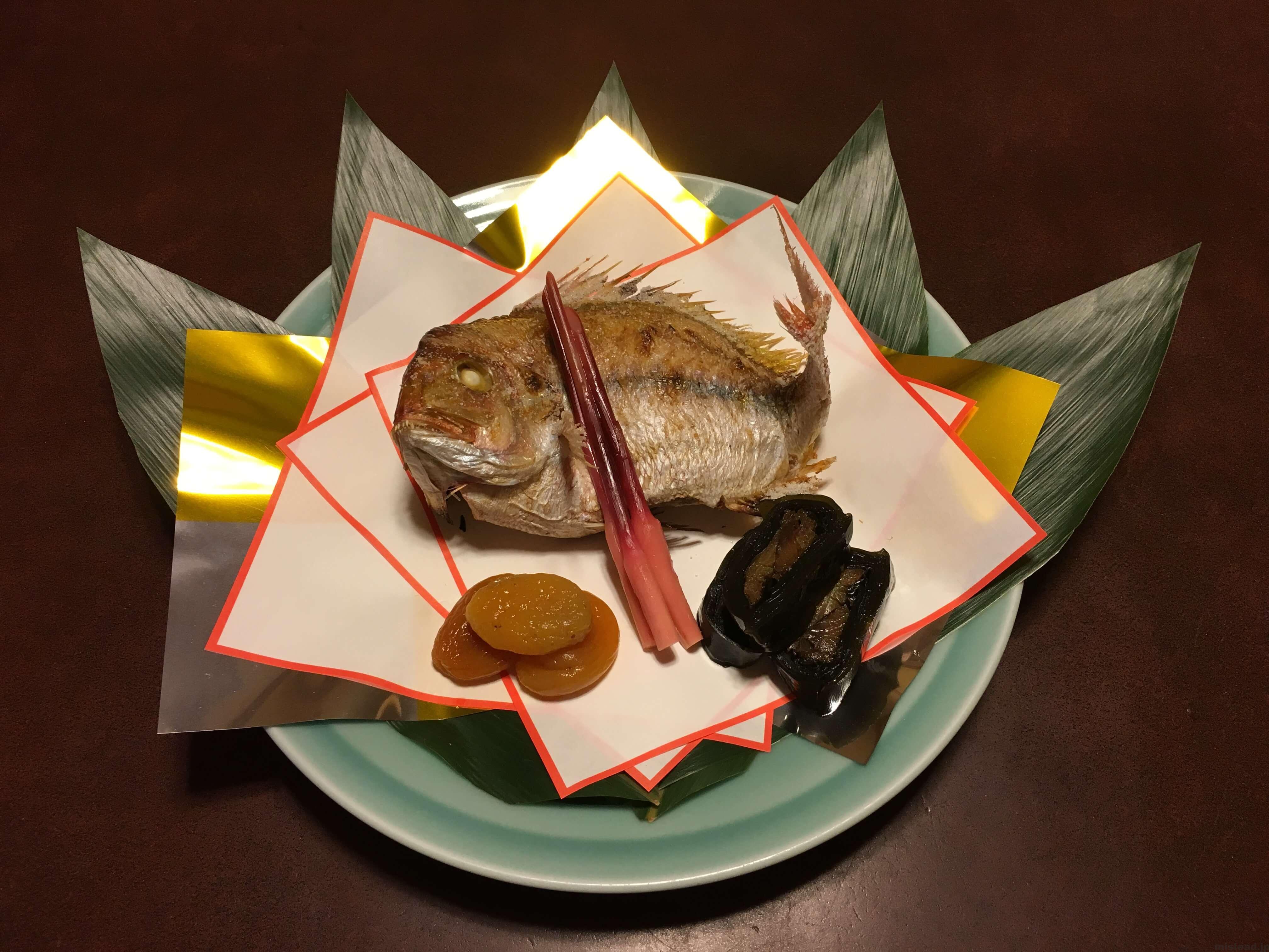 今半のお食い初め膳の鯛