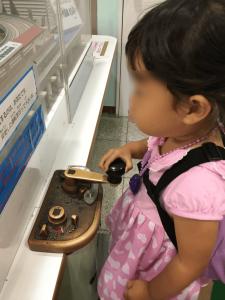 電車のジオラマの操作 地下鉄博物館