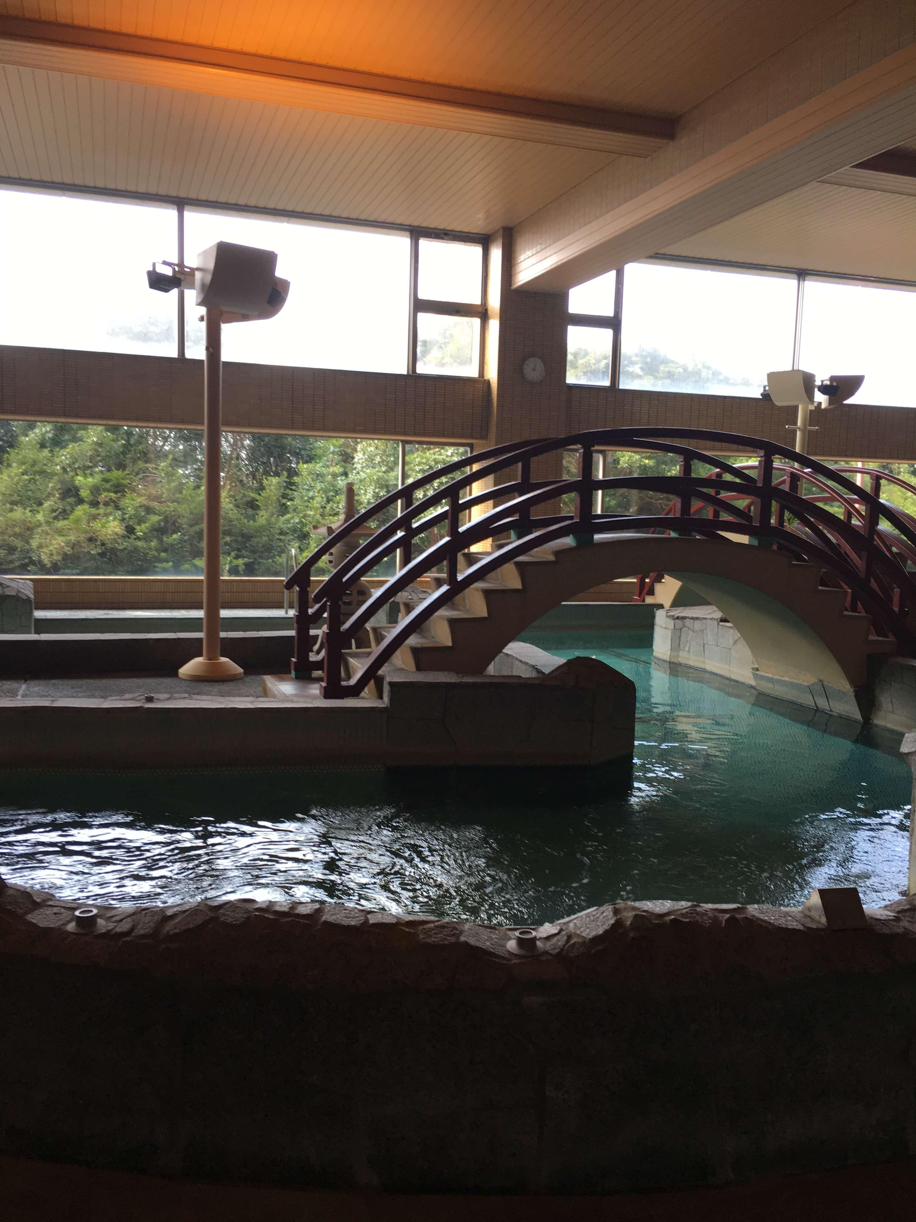 龍宮城ホテル三日月 温泉2