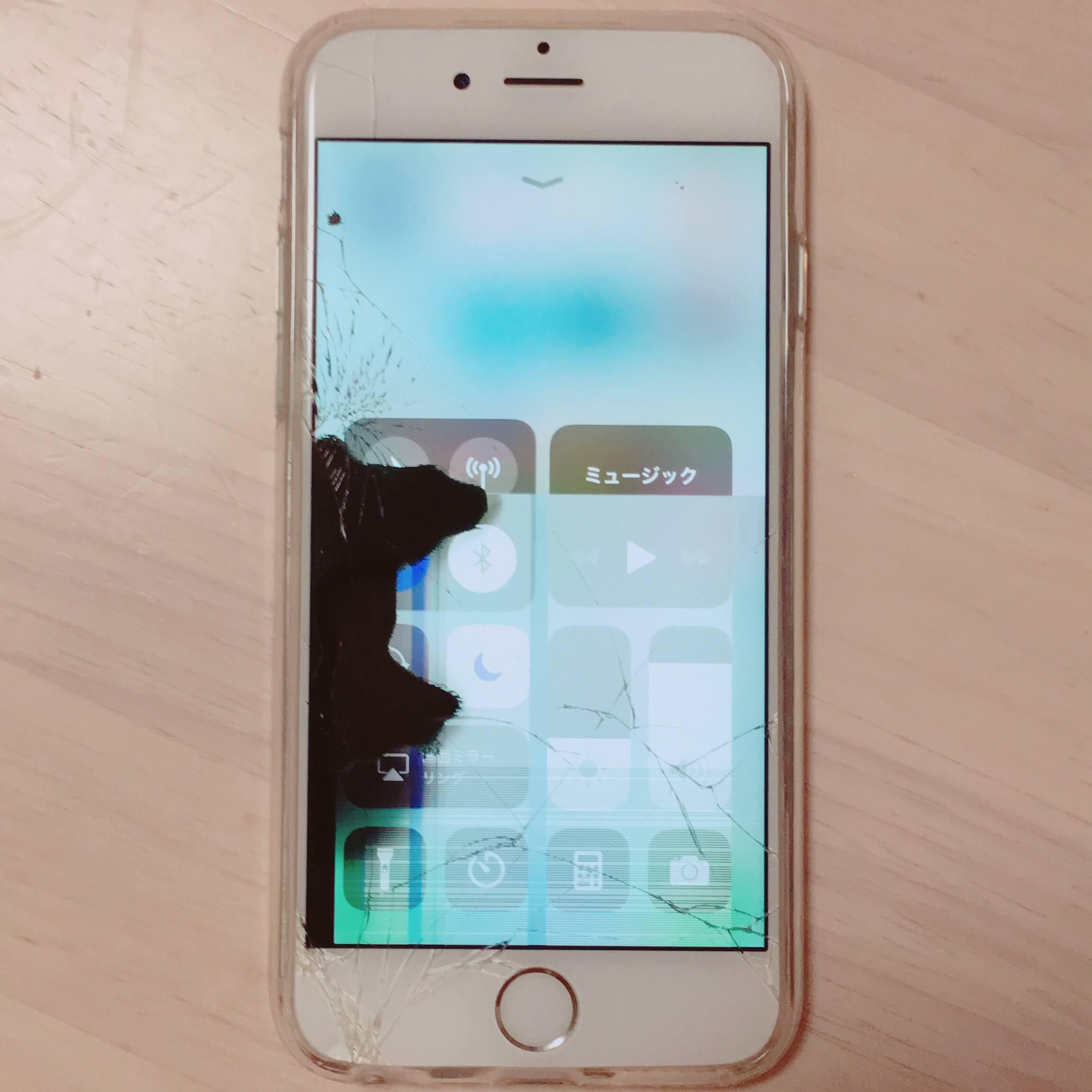 iPhone画面割れ、液晶不良