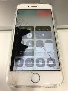 iPhone画面割れ、液晶不良1