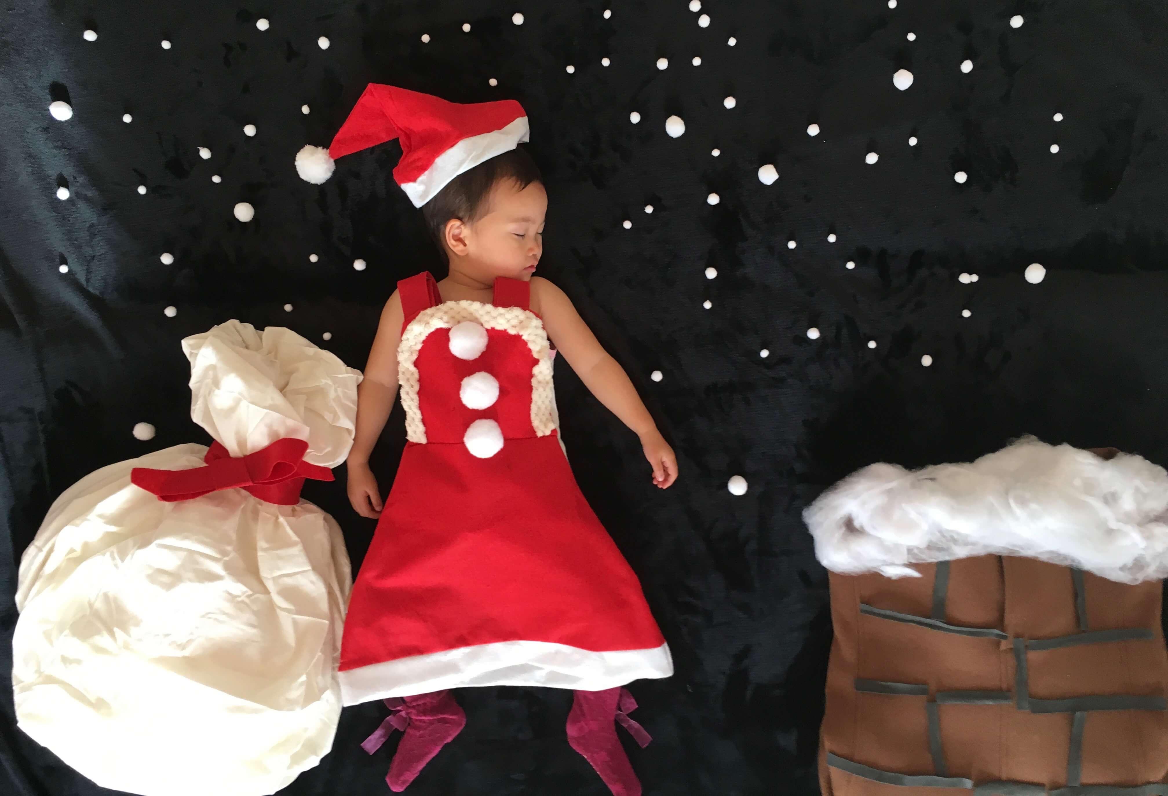 クリスマス サンタ 寝相アート